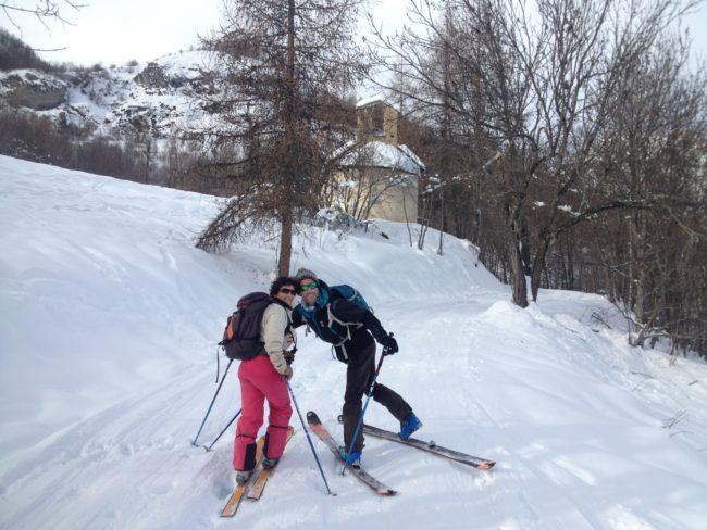 Au départ de la rando à ski de la crete de Reychard dans la Vallouise.