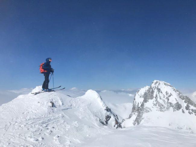 Au sommet du mont Thabor en ski de rando.