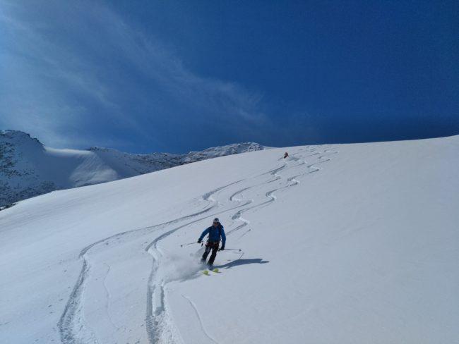 Méga ski sur le glacier de la Meije.