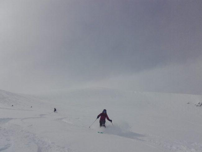 Poudreuse sur le glacier de la Girose à la Grave.