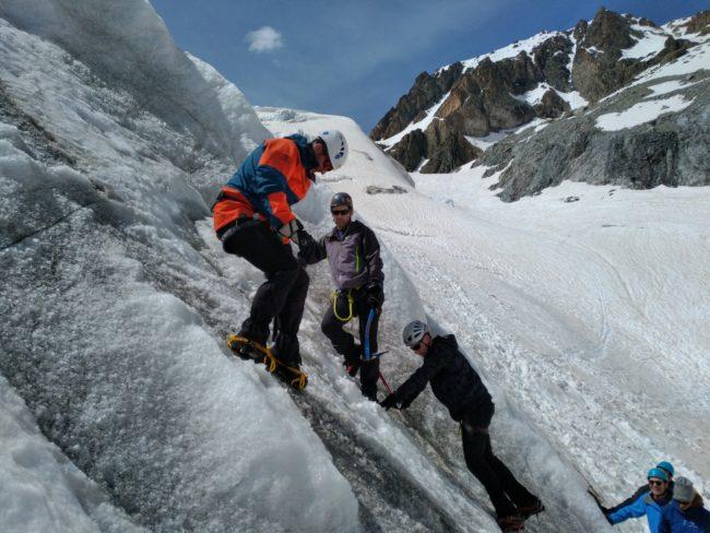 Ecole de glace sur le glacier Blanc.