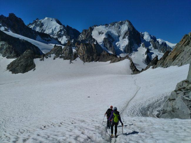Découverte de l'alpinisme entre le glacier du Tour et le glacier de Trient.