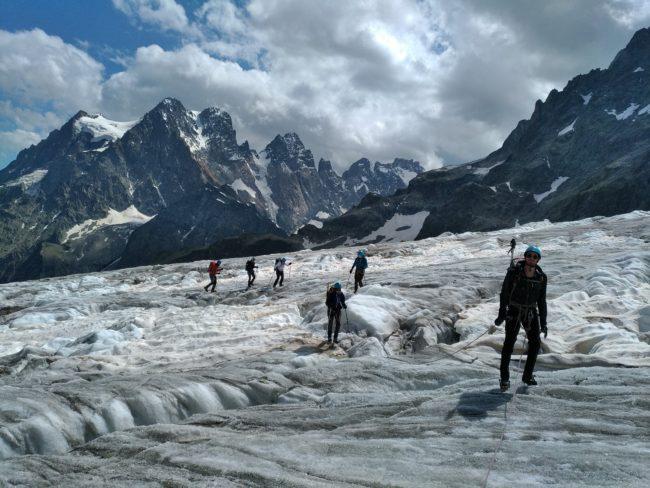Balade glaciaire sur le glacier Blanc.