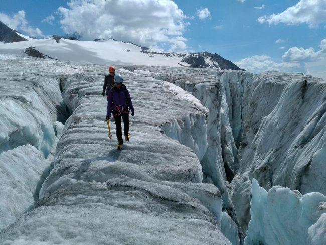 De belles crevasses sur le glacier du Tour.