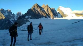 École de glace et pic du Glacier d'Arsine