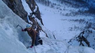 Initiation à la cascade de glace dans les Hautes Alpes