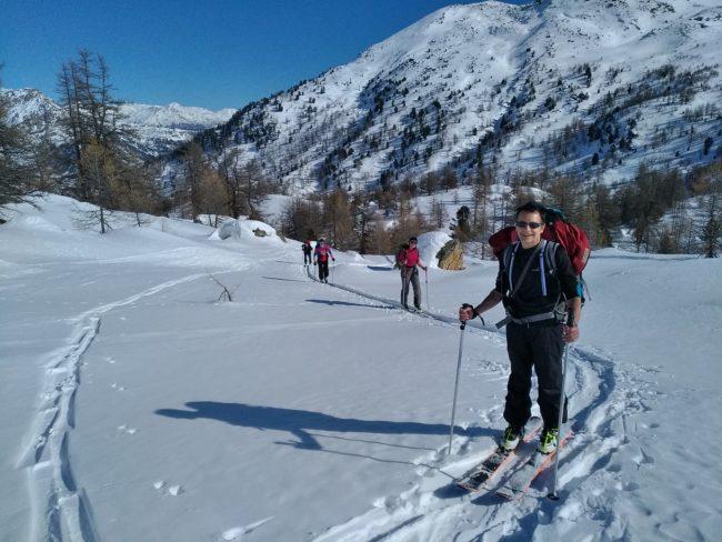 Ski de randonnée à la crête de Baude dans les Cerces.