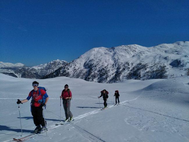 Ski de randonnée au crêtes de Baude.