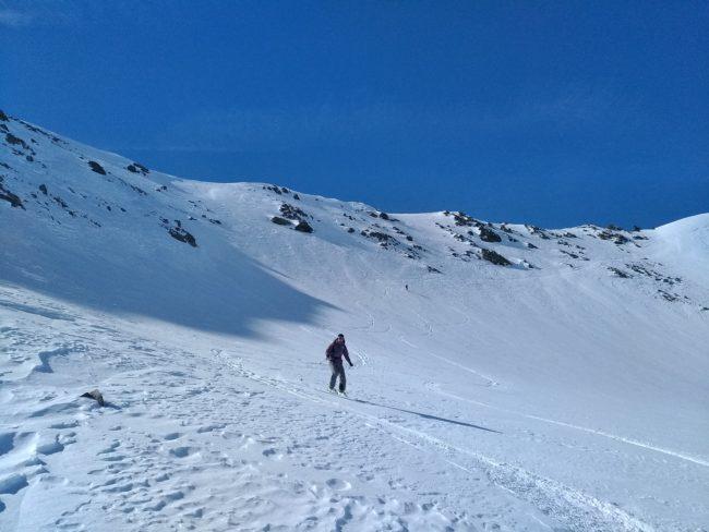 Descsnte du Pic du lac Blanc à ski dans les Cerces