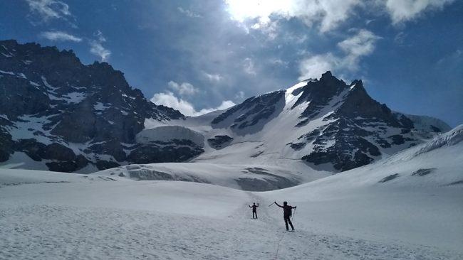Le glacier de laveciau et la face nord du Grand Paradis.